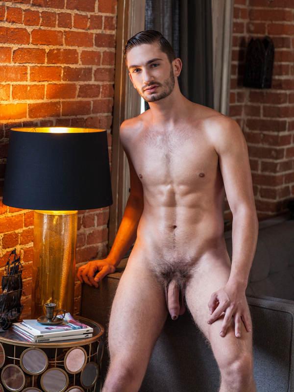 Le blog Gay Naturiste nu masculin à poil et rencontre entre hommes nus 1er experience
