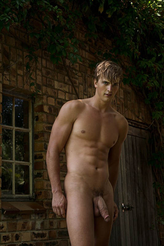 hot 18 gay annonce naturiste