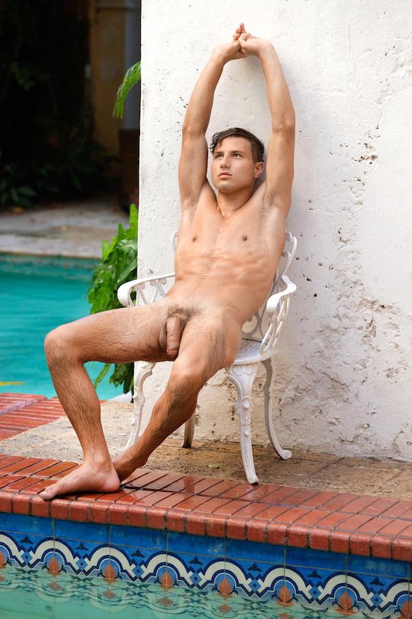 naturiste homo relax
