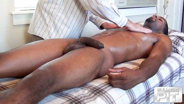 naturiste black massage